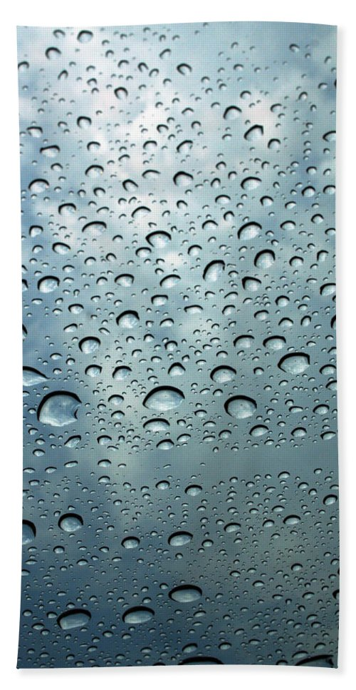 Photography Hand Towel featuring the photograph Little Drops Of Rain by Linda Sannuti