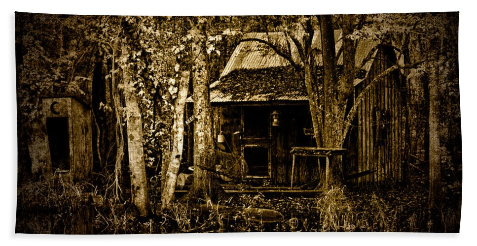 Shack Hand Towel featuring the photograph Living On The Bayou by Chris Lord