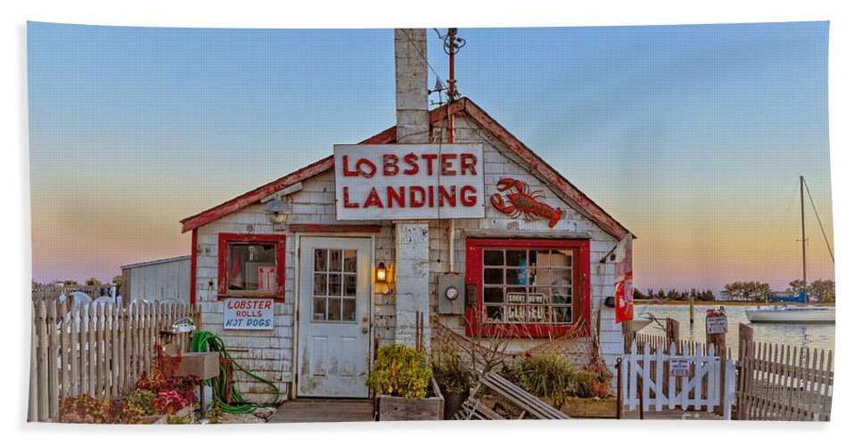 Lobster Bath Towel featuring the photograph Lobster Landing Sunset by Edward Fielding