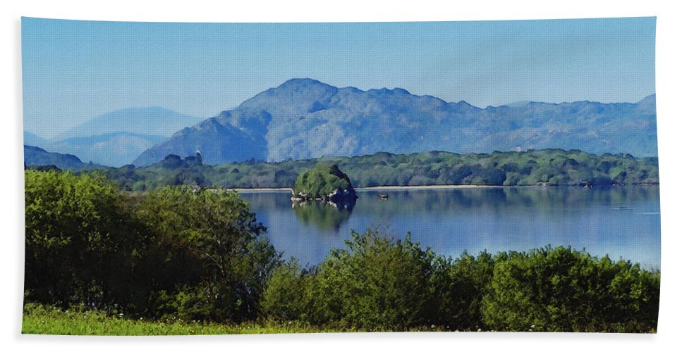 Irish Bath Towel featuring the painting Loch Leanne Painting Killarney Ireland by Teresa Mucha