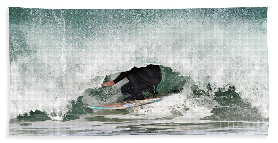 Surfer Bath Sheet featuring the photograph Locked In Curl by Daryl L Hunter