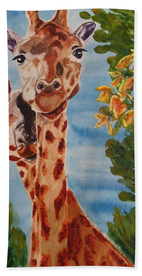Giraffes Hand Towel featuring the painting Lookin Back by Karen Ilari