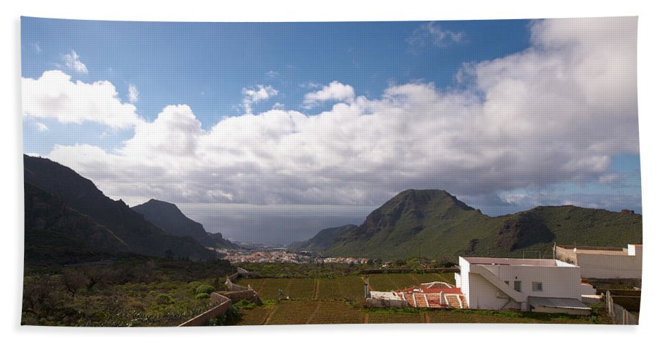 Landscape Hand Towel featuring the photograph Los Gigantes by Jouko Lehto