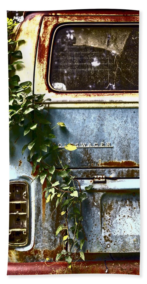 Vw Bus Bath Sheet featuring the photograph Lost In Time by Carolyn Marshall