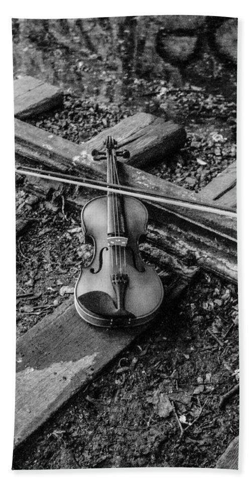 Violin Train Tracks Bath Sheet featuring the photograph Lost Violin by Gerald Kloss