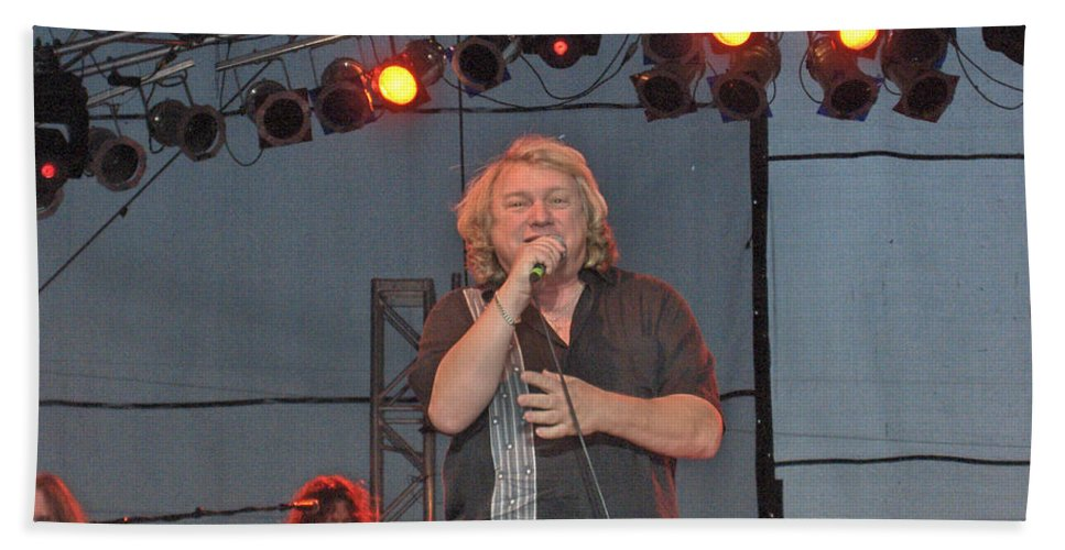 Lou Gramm Band Music Singer Rock And Roll Concert Lead Vocals Bath Sheet featuring the photograph Lou Gramm by Andrea Lawrence