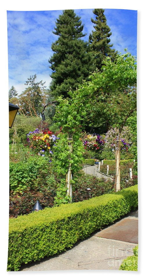 Garden Hand Towel featuring the photograph Lovely Day In The Garden by Carol Groenen