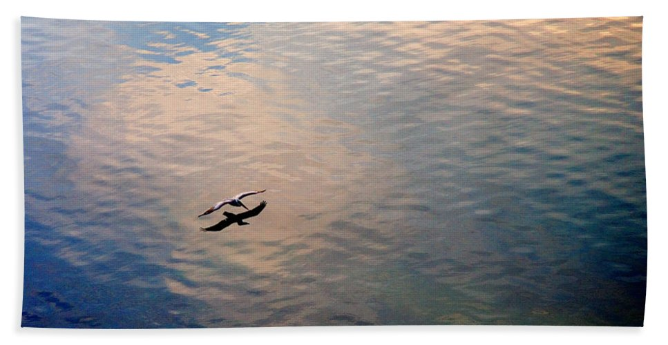 Pelican Bath Towel featuring the photograph Low Flight by Mal Bray