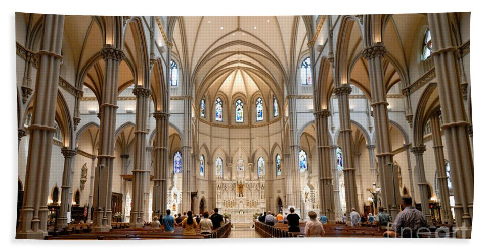 Allegheny County Hand Towel featuring the photograph Lunchtime Mass At Saint Paul Cathedral Pittsburgh Pa by Amy Cicconi