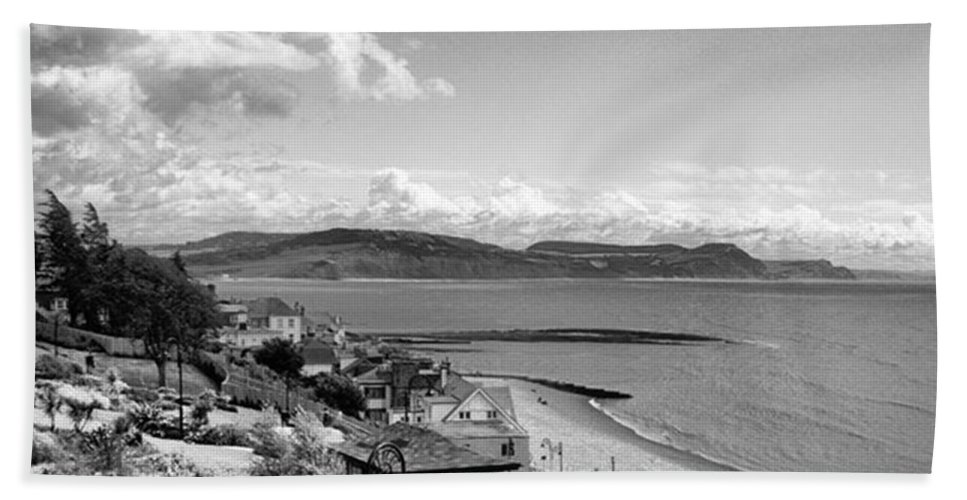 Blackandwhitephotography Bath Towel featuring the photograph Lyme Regis And Lyme Bay, Dorset by John Edwards