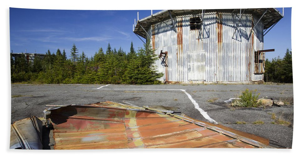 Abandoned Place Bath Sheet featuring the photograph Lyndonville Air Force Station - Vermont by Erin Paul Donovan