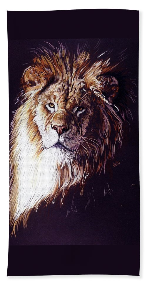 Lion Bath Towel featuring the drawing Maestro by Barbara Keith