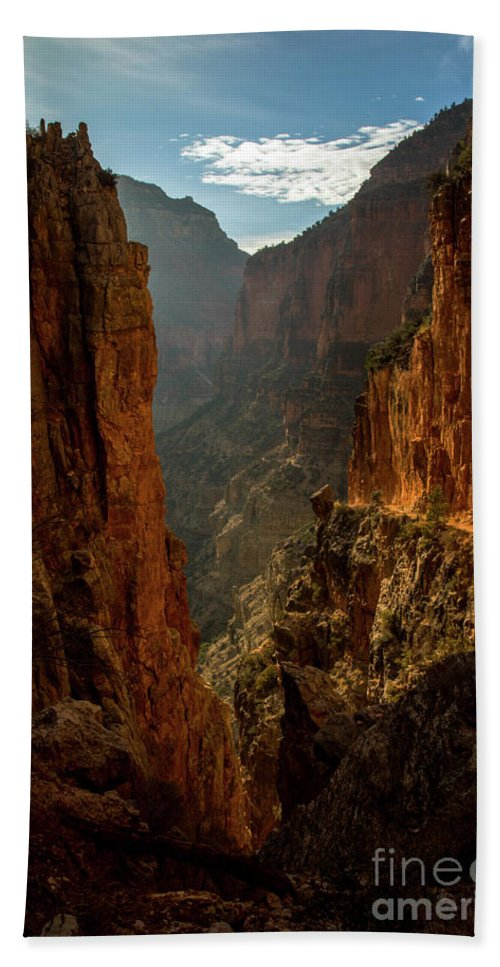 Grand Canyon Hand Towel featuring the photograph Magestic View by Jane Axman