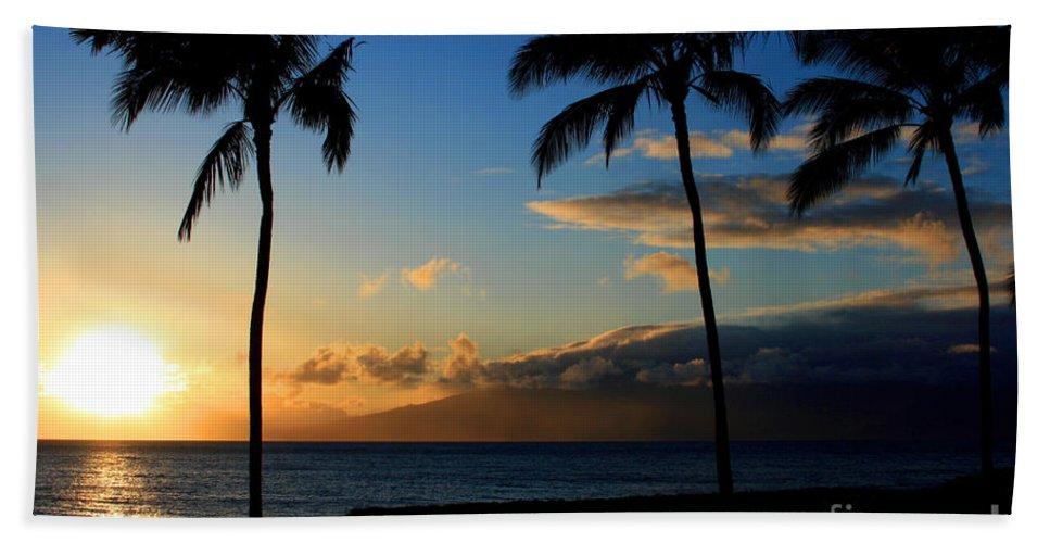 Aloha Hand Towel featuring the photograph Mai Ka Aina Mai Ke Kai Kaanapali Maui Hawaii by Sharon Mau