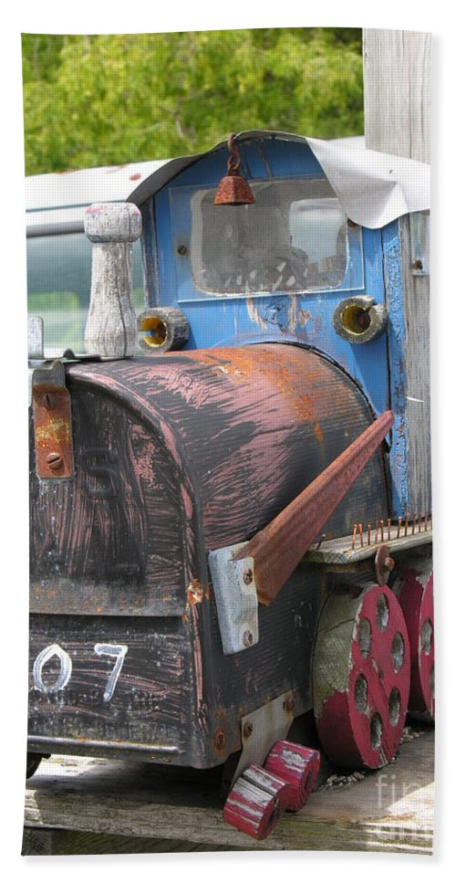 Blue Hand Towel featuring the photograph Mail Truck by Diane Greco-Lesser