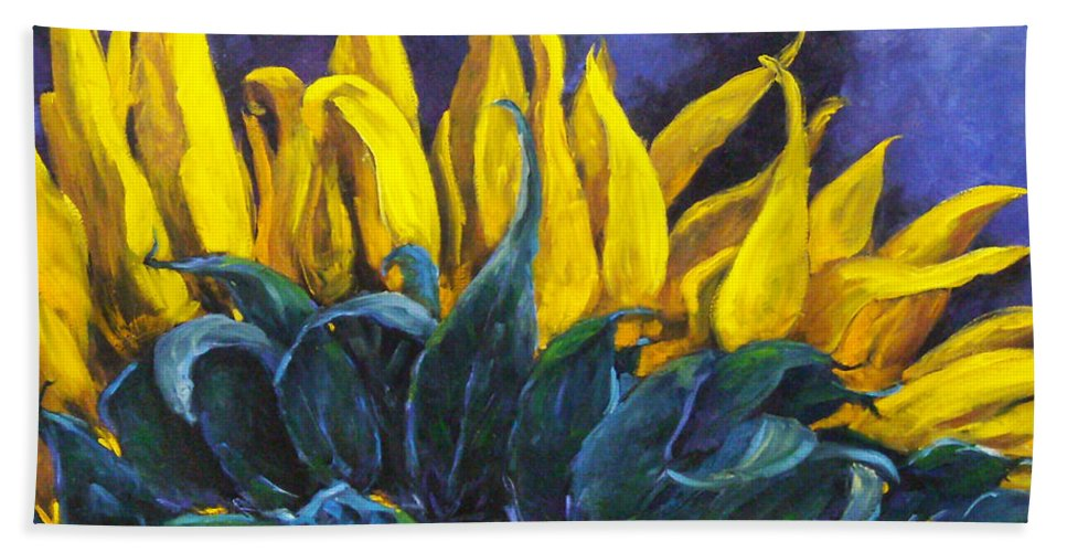 Flower Bath Towel featuring the painting Majestica by Richard T Pranke