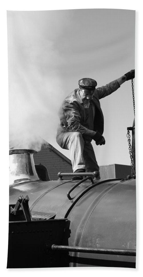 Steam Train Bath Sheet featuring the photograph Making Steam by Lauri Novak
