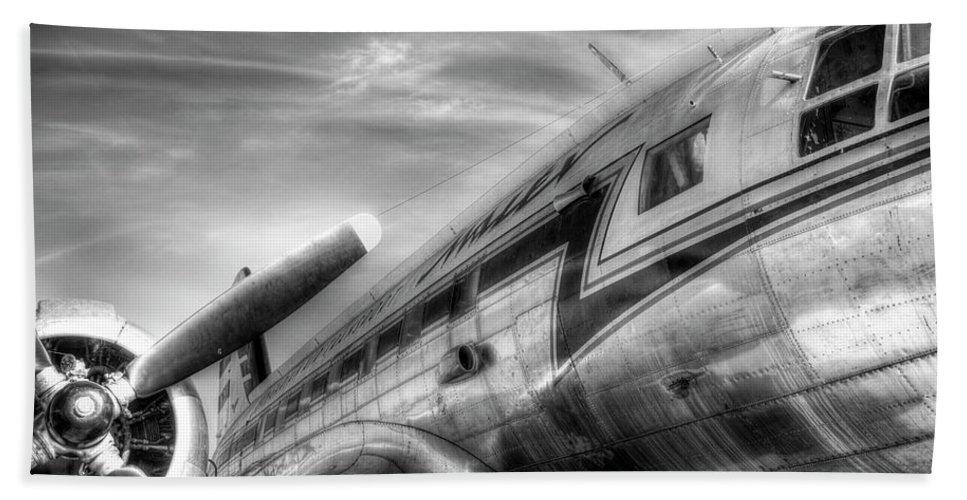 Russia Bath Sheet featuring the photograph Malev Airlines Ilyushin Il-14 by David Pyatt