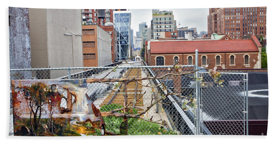 Manhattan Bath Sheet featuring the photograph Manhattan High Line by Madeline Ellis