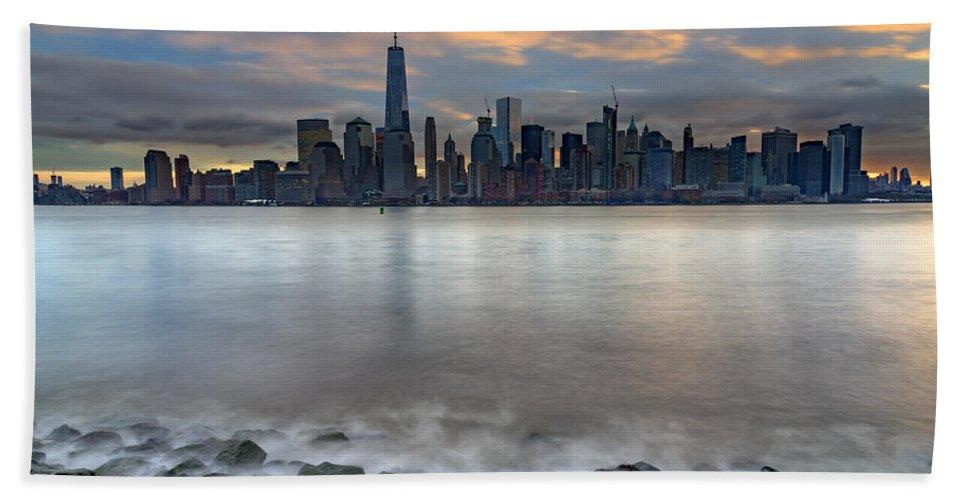 Manhattan Bath Sheet featuring the photograph Manhattan Sunrise by Rick Berk