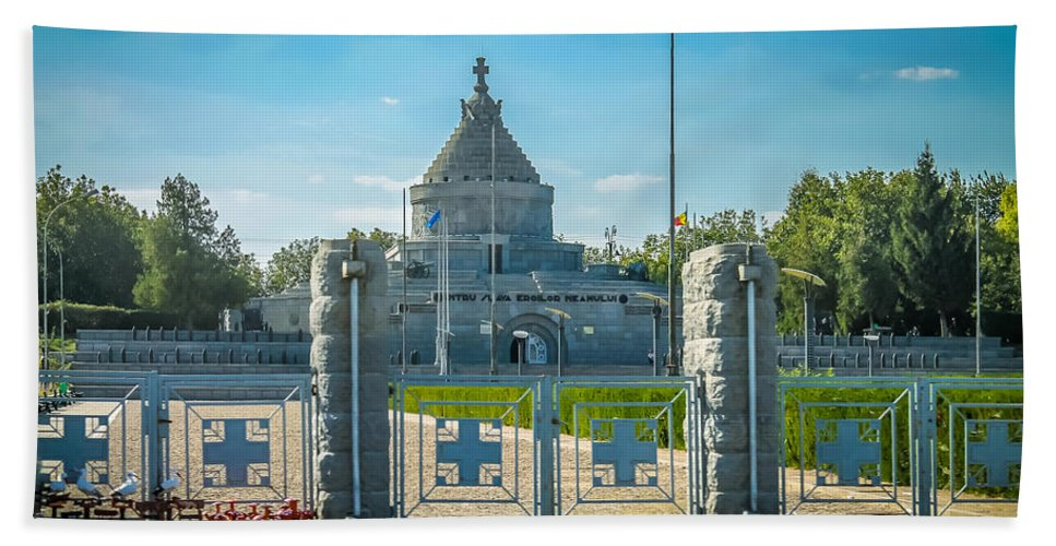 Historic Hand Towel featuring the photograph Marasesti - First World War Monument by Claudia M Photography