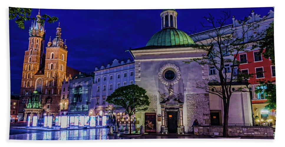 Bath Sheet featuring the photograph Market Square by Brent Kaire