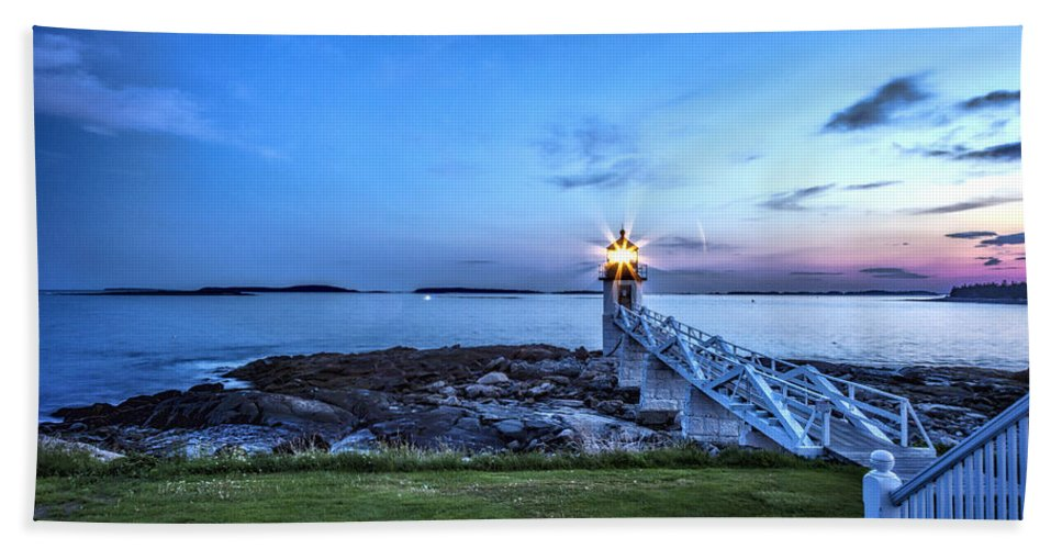 Maine Hand Towel featuring the photograph Marshall Point View by Diana Powell