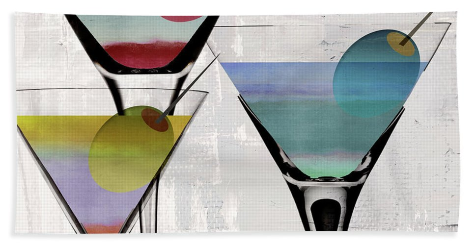 Martini Bath Towel featuring the painting Martini Prism by Mindy Sommers