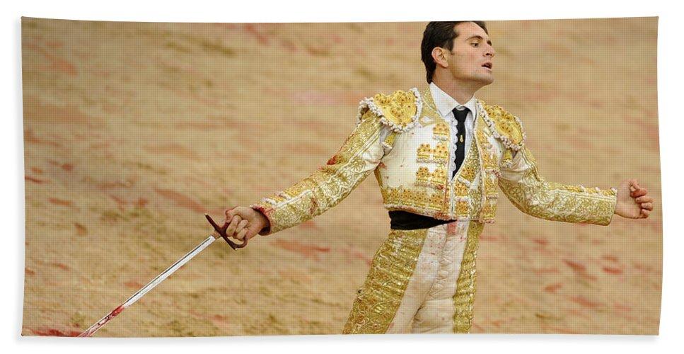 Spain Hand Towel featuring the photograph Matador Joselillo II by Rafa Rivas