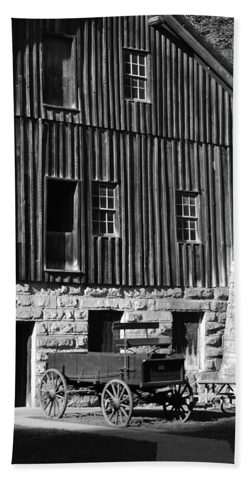 B&w Bath Sheet featuring the photograph Mcconnell's Mill by Michael Hills