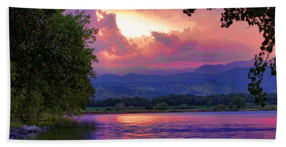 Sunsets Hand Towel featuring the photograph Mcintosh Lake Sunset by James BO Insogna