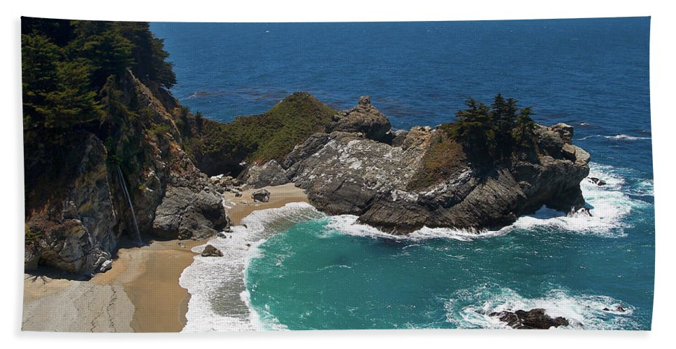 Landscape Hand Towel featuring the photograph Mcway Falls In Big Sur by Charlene Mitchell
