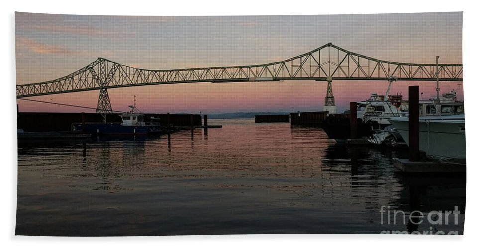Denise Bruchman Hand Towel featuring the photograph Megler Sunset by Denise Bruchman