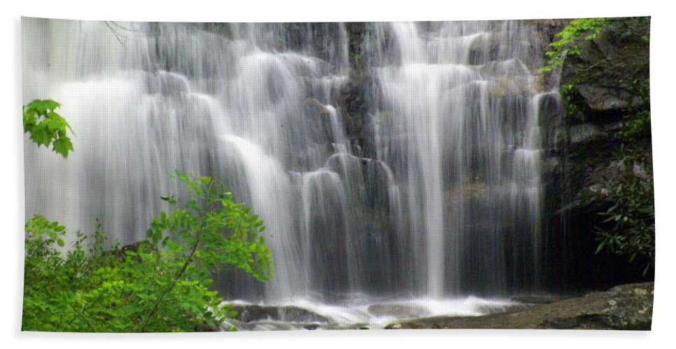Meigs Falls Hand Towel featuring the photograph Meigs Falls 2 by Marty Koch