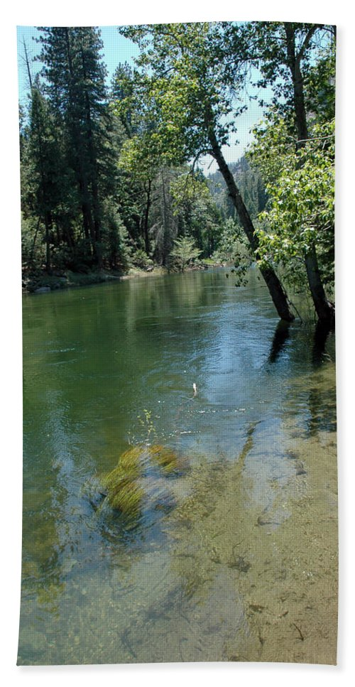 Usa Bath Sheet featuring the photograph Merced River Banks by LeeAnn McLaneGoetz McLaneGoetzStudioLLCcom