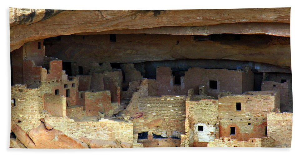Americana Hand Towel featuring the photograph Mesa Verde by Marilyn Hunt