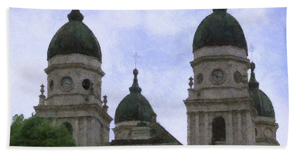 Chapel Bath Sheet featuring the painting Metropolitan Cathedral by Jeffrey Kolker