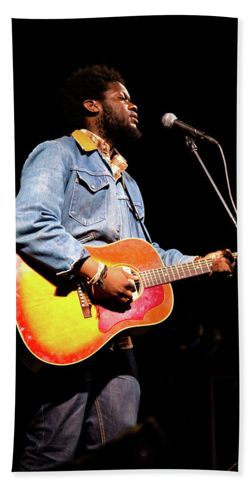 Music Hand Towel featuring the photograph Michael Kiwanuka, Photographed By Anna Webber At Heartbreaker Ba by Anna Webber