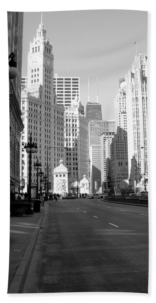Chicago Bath Towel featuring the photograph Michigan Ave Tall B-w by Anita Burgermeister