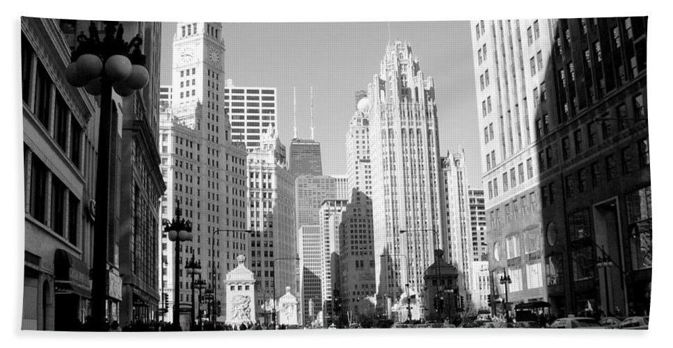 Chicago Bath Towel featuring the photograph Michigan Ave Wide B-w by Anita Burgermeister