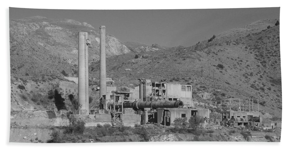 Mill Hand Towel featuring the photograph Mill And Stacks by Pat Turner