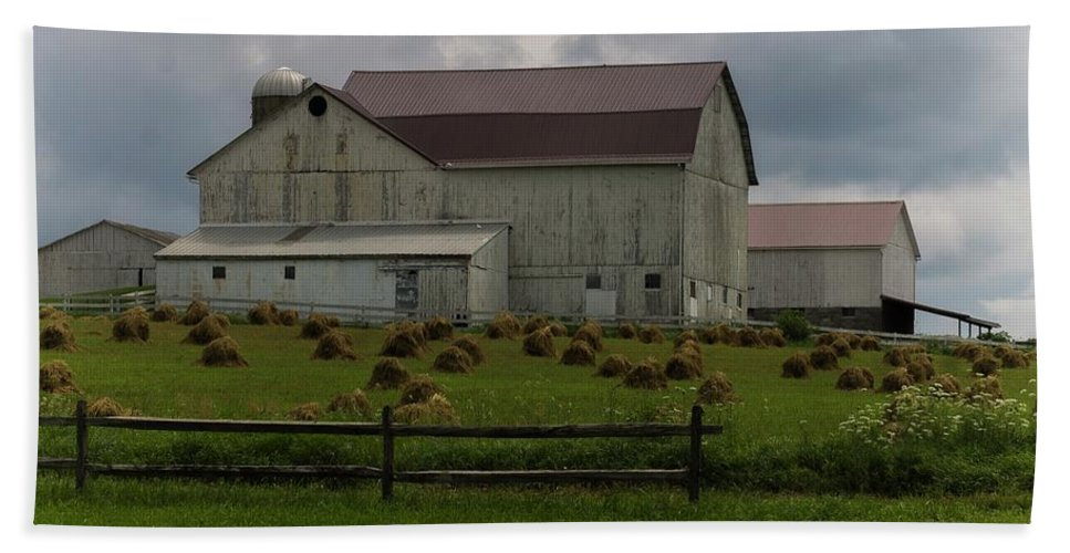 Barn Bath Sheet featuring the photograph 089 Millersburg Ohio by Dennis R Bean