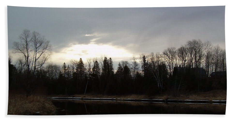 Dawn Hand Towel featuring the photograph Mississippi River Dawn Clouds by Kent Lorentzen