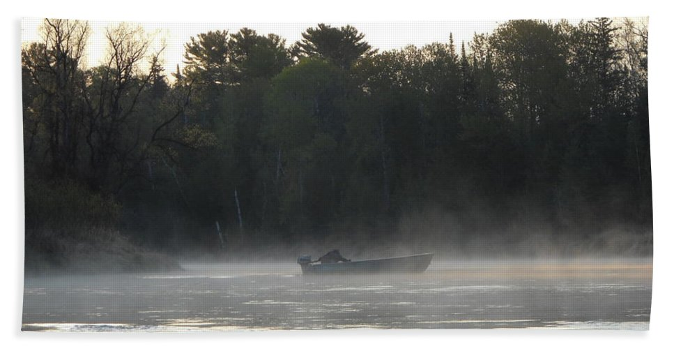 Mississippi River Bath Sheet featuring the photograph Mississippi River Fisherman At Dawn by Kent Lorentzen