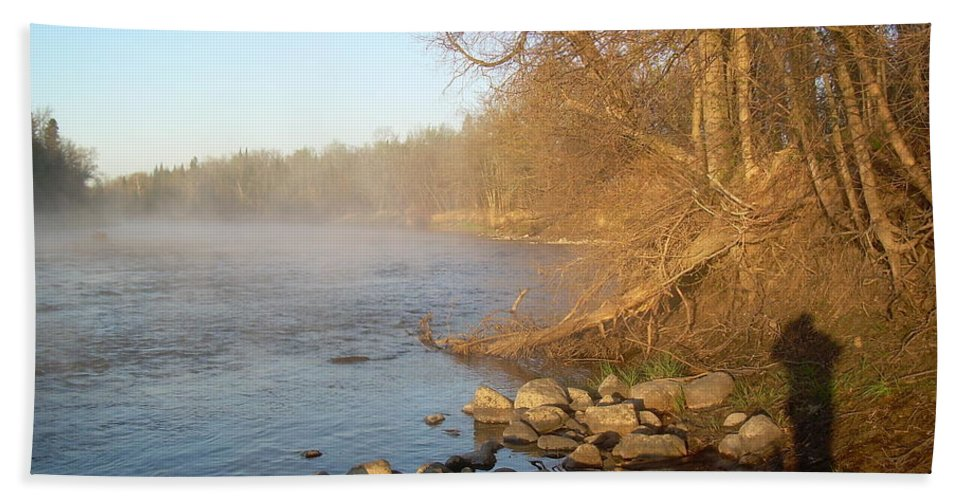 Mississippi River Hand Towel featuring the photograph Mississippi River Shades Of Fog by Kent Lorentzen