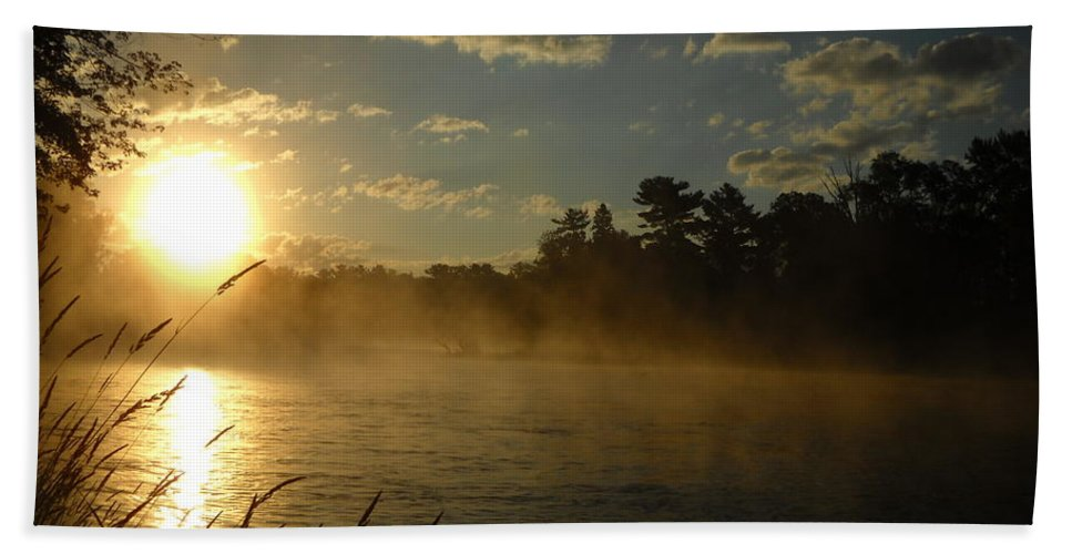 Mississippi River Hand Towel featuring the photograph Mississippi River Sunrise Fog by Kent Lorentzen