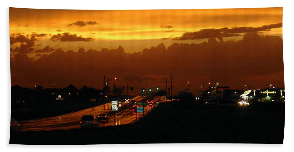 Landscape Hand Towel featuring the photograph Missouri 291 by Steve Karol