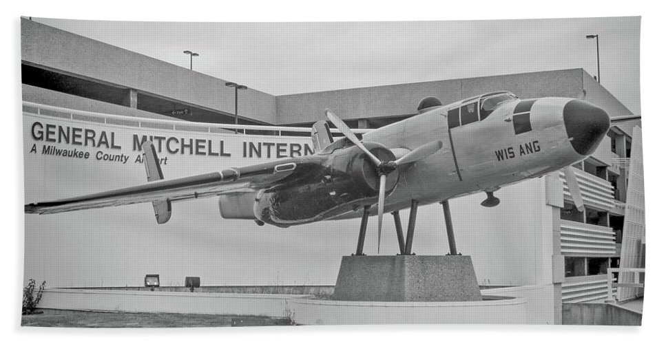 North Amerian B-25 Mitchell Hand Towel featuring the photograph Mitchell International Airport by Tommy Anderson