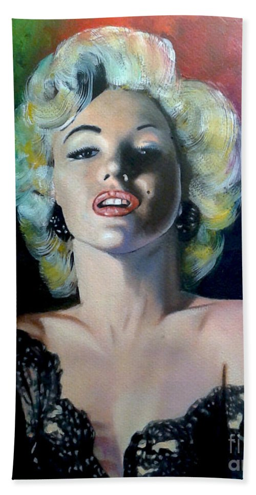 M Monroe Bath Towel featuring the painting M.Monroe 3 by Jose Manuel Abraham