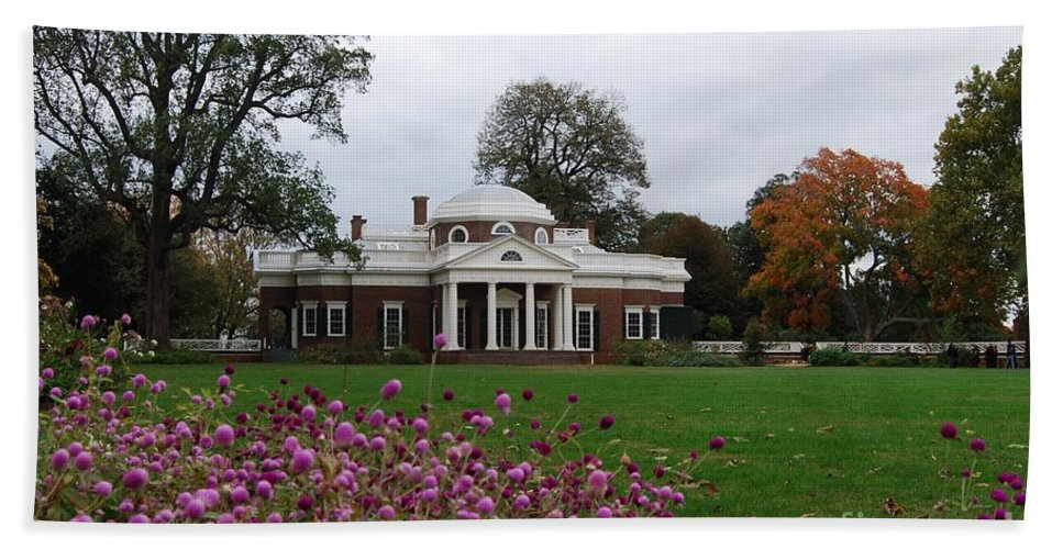 Fall Hand Towel featuring the photograph Monticello by Eric Liller